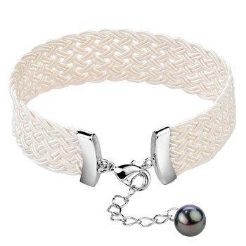 Mia's Snowy Pearl Bracelet