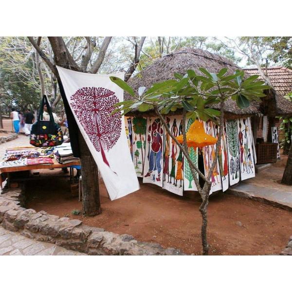 Chennai : Mahabalipuram And Dakshin Chitra Guided Tour Image